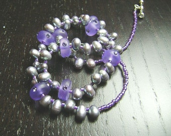 SALE !!! Freshwater Pearl and Swarovski Crystal Necklace in Plum Snow
