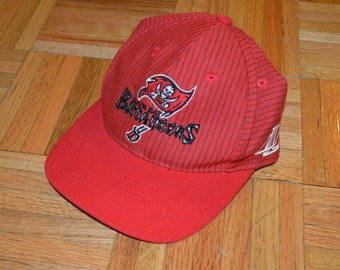 90s Logo Athletic Tampa Bay Buccaneers NFL Football Spell Out Adjustable Hat, Vintage NFL Football Hat, Tampa Bay Bucs Hat, 90s Hat Red