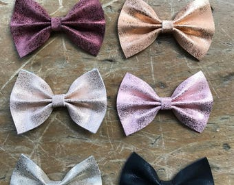 Patina leather large classic bows