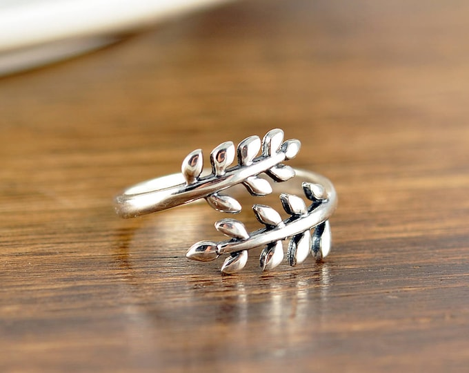 Sterling Silver Leaf Branch Ring, Silver Leaf Ring, Vine Ring, Nature Jewelry, Leaves sterling silver ring, Adjustable Leaves ring