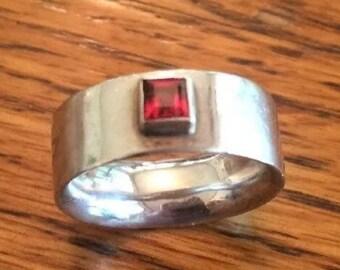 Garnet Sterling Silver Ring, Size 6.75, vintage.