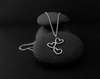 Verbunden... Kleine Herzen Halskette