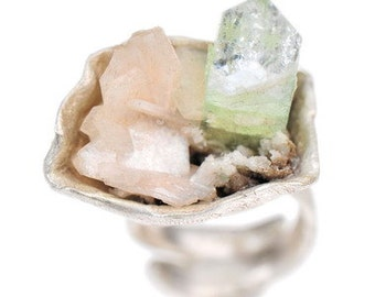 Tri-Colored Seascape Ring Pastel Green Pink Apophyllite Spear Primitive Modern