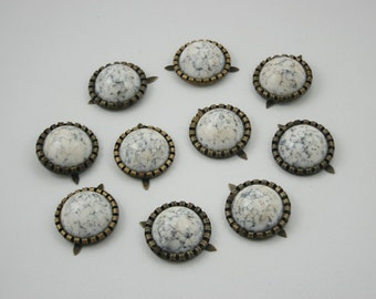 10 pcs.White Turquoise Round Studs Spots Punk Rock Decorations Findings 19 mm. WYS19