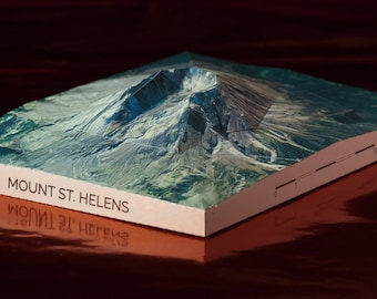 Mount St. Helens Papercraft Mountain