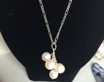 Freshwater pearl drop necklace