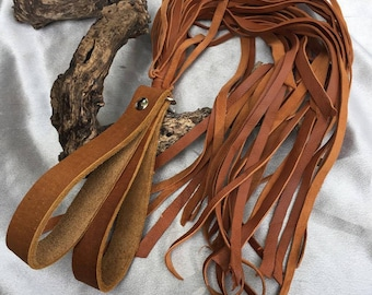 Exotic genuine goat skin flogger