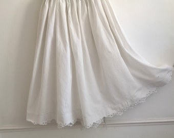 White Petticoat Circle Skirt Vintage Hungarian Folk Skirt  with Hand Embroidered Broderie Anglaise Scalloped Hem