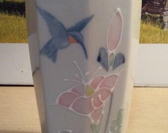 Vintage Otagiri Humming Bird vase