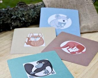 4 postcards of Australian animals ( kangaroo, platypus, koala, dingo ), illustration, print (12,5x12,5 cm)