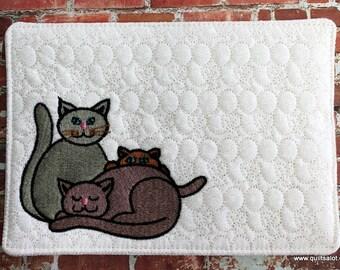 ITH 5x7 3Cat Mugrug and 4x4 Single Machine Embroidery Design