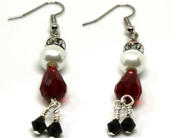 Santa Earrings, Christmas Earrings, Dangle Earrings, Drop Earrings, Stocking Stuffers