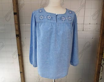 Vintage Blue Blouse, smock style top , vintage 70s white & dark blue embroidery pattern cotton mix fabric
