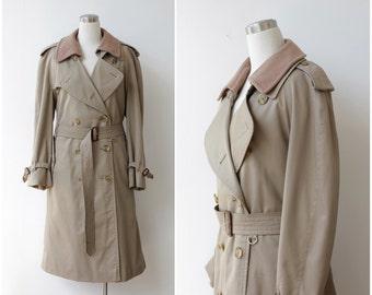 Burberry's Trench Coat, Burberry Classic Coat, Khaki Rain Coat with Wool Liner Khaki Beige Belted Plaid Designer Coat