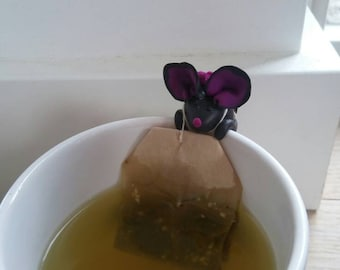 Polymer clay mouse tea bag holder