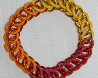Firefly inspired Jayne Hat Colours stretchy chainmaille bracelet