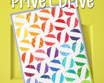 Mini Privet Drive quilt pattern by Sassafras Lane Designs - mini quilt pattern, modern quilt, paper piecing, paper pieced modern mini