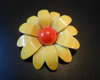 Vintage  1960s Yellow and orange daisy  flower brooch