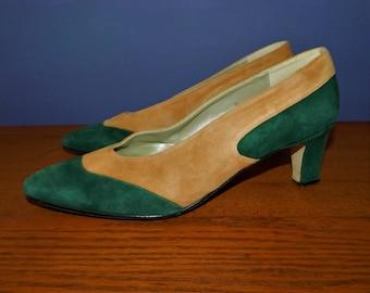 APART camel & green Suede Pumps Shoes ~ Vintage 1980s 80s Two Tone Color Block Suede Leather Spectator Pumps Heels ~ Womens size 8.5 B M
