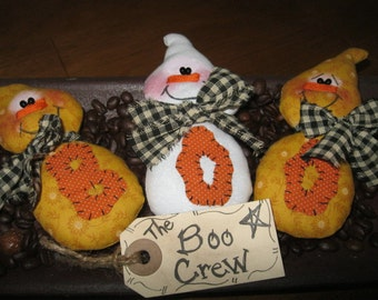 Halloween Tucks - Halloween Decoration - The Boo Crew - Whimsical Ghosts - FAAP~HAFAIR~TEAMHAHA
