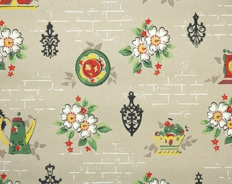 1940s Vintage Wallpaper by the Yard - Vintage Kraft Paper with Kitsch Kitchen Flowers and Trivets