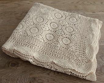 Creamy Vintage Crochet Bedspread