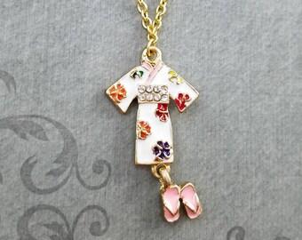 Kimono Necklace Geisha Necklace Japanese Jewelry Japanese Necklace Japan Travel Gift Geta Necklace Kimono Charm Necklace Pendant Necklace