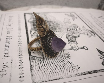 Natural amethyst tip ring. hammered and textured brass Antique pagan jewelry, size 7.5