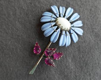 Milk Glass Rhinestone Daisy Pin