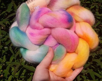 Hand dyed roving - Falklands corriedale - sunny