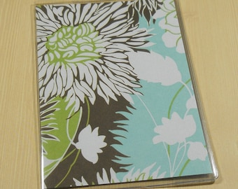 Pass Port Cover Amy Butler Brown & White Flowers