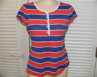 Vintage 1971 The Red Eye Knit Top , Vintage Red White Blue Knit Top