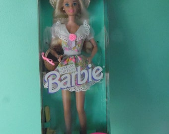 Russell Stover 1995 Special Edition Barbie Doll vintage Special Edition New in box