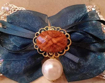 Hair bow, lace and organza with clip 11 x 7, 5 cm