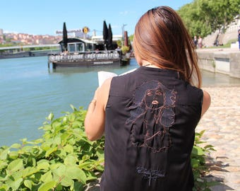 Blondie Black embroidered tunic