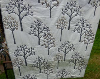 Quilt single bed cover or double bed topper, sofa throw. Wholecloth quilt in floral theme fabric in white/grey/tan. Handquilted. Great gift.