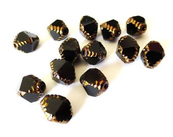 4 pearls 10x8mm diamonds antique Gold/Opaque black Czech glass Polished