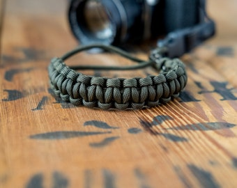 Camera Wrist Strap – Olive Green / Gunmetal Clip – apmots - Sling Paracord Mirrorless DSLR Compact