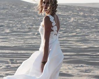 Low back lace wedding dress, Bohemian wedding dress, Boho wedding dress, Indie Wedding Dress, Beach wedding dress • ISOBEL Gown