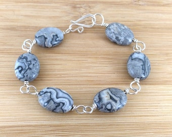 Black and White Bracelet. Sterling Silver Wire Wrapped. Oval Wave Jasper Gemstone. Grey Bracelet. Chunky Stone Bracelet. Statement Bracelet.