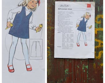 Vintage pattern, 1970's dressmaking pattern, Silver Needles Pattern 11, Girl's jumper dress, Printed paper pattern, 70's girl's dress, 6-10