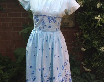 1950's Vintage Dress with Embroidery  AS IS
