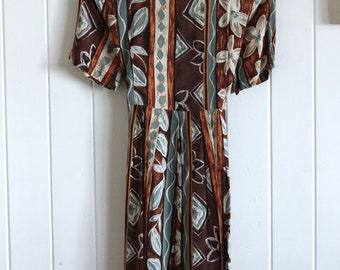 90's, patterned, short sleeve, mid length, tie up, dress