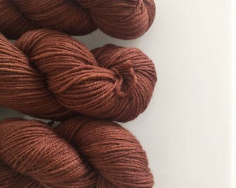 Hand Dyed DK BFL yarn in colourway Remus 100g