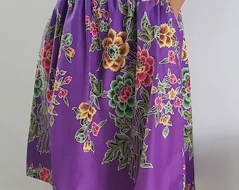 Purple Floral Batik Midi Skirt / Knee Length Skirt / Pockets / Summer Fashion / Floral Skirt / OOAK