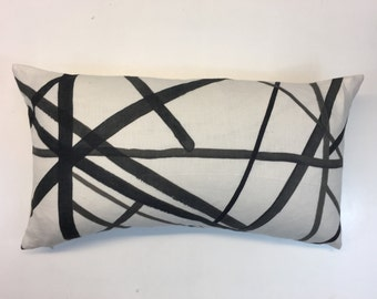 """Kelly Wearstler Channels Ebony and Ivory 22x12""""  Cushion Cover"""