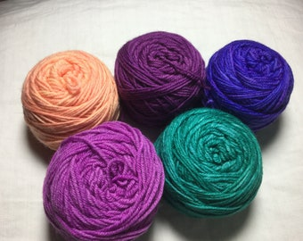 Kits with 5x25g ball of yarn