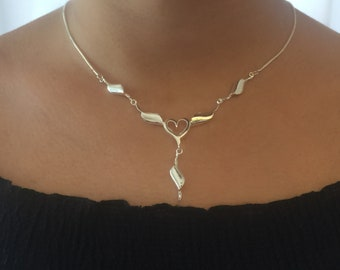 Silver Heart Lariat, Simple and Elegant Lariat Necklace