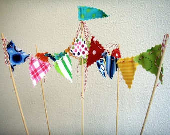 Cake Bunting Circus Tent on Bakers Twine