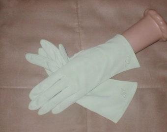 Vintage Mint Green wrist length Dress Gloves